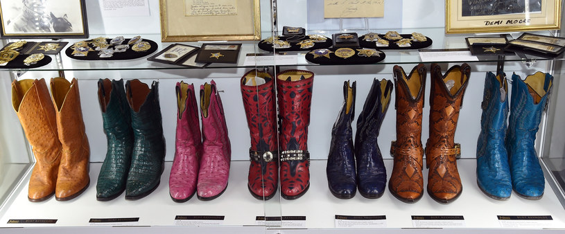 Kolekcja butów Burta Reynoldsa /Ethan Miller /Getty Images