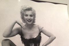 Kolekcja zdjęć Marilyn Monroe sprzedana na aukcji w Warszawie