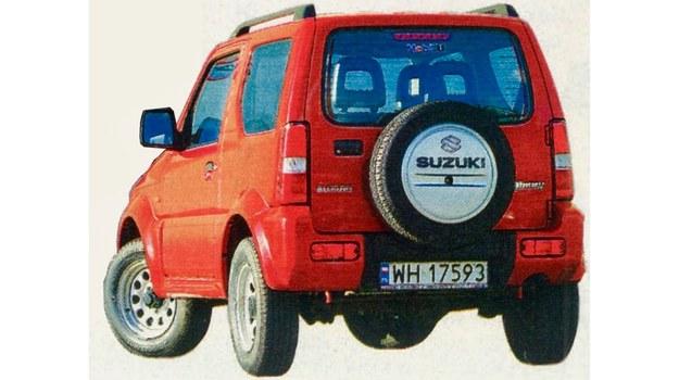 Koło zapasowe na klapie bagażnika podkreśla terenowy charakter samochodu. /Motor