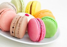 Kolorowe ciasteczka bezowe