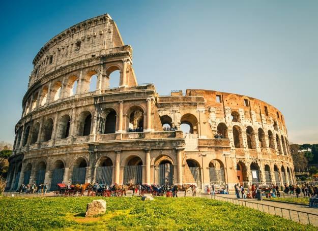 Koloseum to jedna z najważniejszych atrakcji Rzymu /123RF/PICSEL