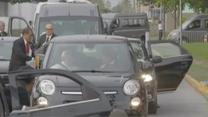 Kolumna samochodów z papieżem Franciszkiem utknęła w korku