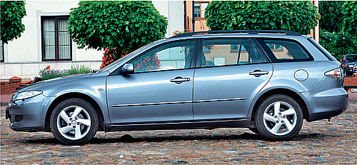 KOMBI: bardzo popularne i zgrabne, ma rozsądne rozmiary i bagażnik 505-1712 l. /Motor