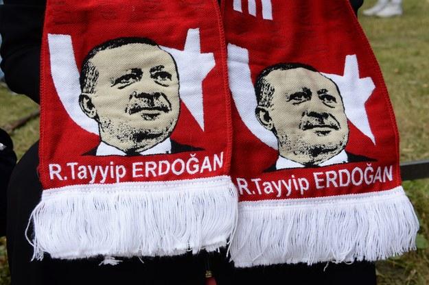 Komentator BBC: Autorytaryzm Erdogana dzieli Turcję