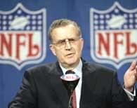 Komisarz NFL Paul Tagliabue /AFP