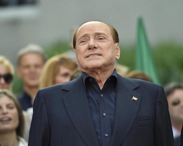 Komornik w centrali partii Berlusconiego. Zajął meble