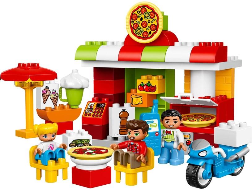 Kompletny model Pizzerii LEGO DUPLO /materiały prasowe