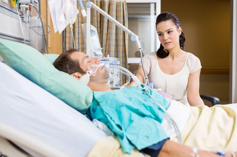 Komunikacja z osobami w śpiączce jest niezwykle istotna dla ich potencjalnego wyzdrowienia /123RF/PICSEL