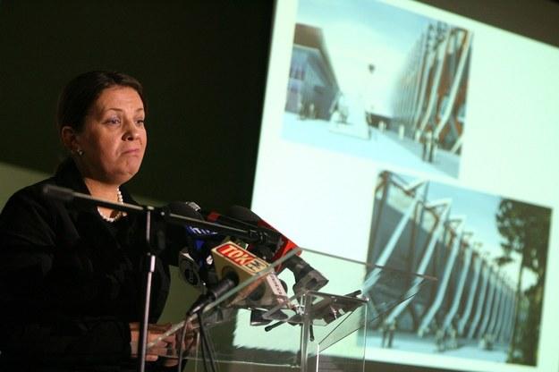 Konferencja prasowa minister sportu i turystyki Elżbiety Jakubiak na temat wyboru projektanta Stadionu Narodowego (2007rok) /Stefan Maszewski /Reporter