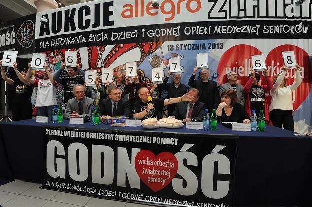 Konferencja prasowa WOŚP i Bartosza Arłukowicza, fot. Grzegorz Jakubowski /PAP