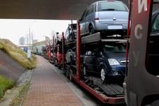 Koniec z importem używanych aut. Polska zamknie granicę!