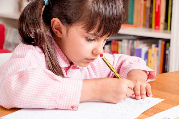 Koniec z obowiązkiem szkolnym dla sześciolatków /©123RF/PICSEL