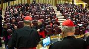 """Konklawe - kardynałowie """"pod kluczem"""""""