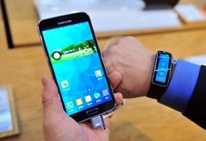 Konsumenci: Galaxy S5 lepszy od Galaxy S6