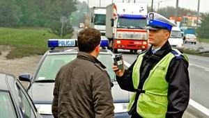 Kontrola drogowa - badanie alkomatem