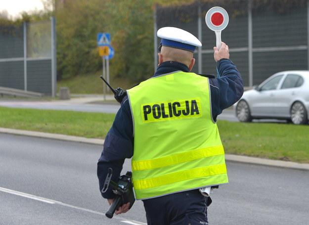 Kontrola drogowa na jednej z rzeszowskich ulic /Darek Delmanowicz /PAP