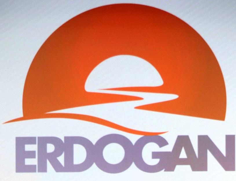 Kontrowersyjne logo z Mahometem w kampanii premiera Erdogana. /AFP