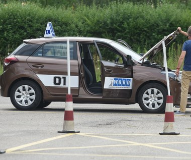 Kontrowersyjne zmiany w egzaminach na prawo jazdy