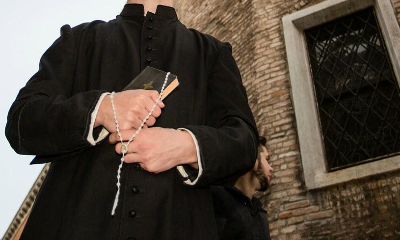 Kontrowersyjny obrzęd poświęcania długopisów maturzystów we Włoszech (zdj. ilustracyjne) / Csak Istvan  /123RF/PICSEL