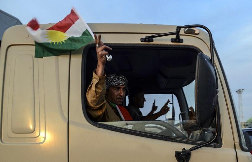 Konwój peszmergów wyruszył w stronę syryjskiej granicy /AFP
