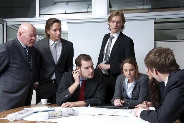 Korporacja daje możliwości znalezienia pracy w innej siedzibie firmy w Europie /© Panthermedia