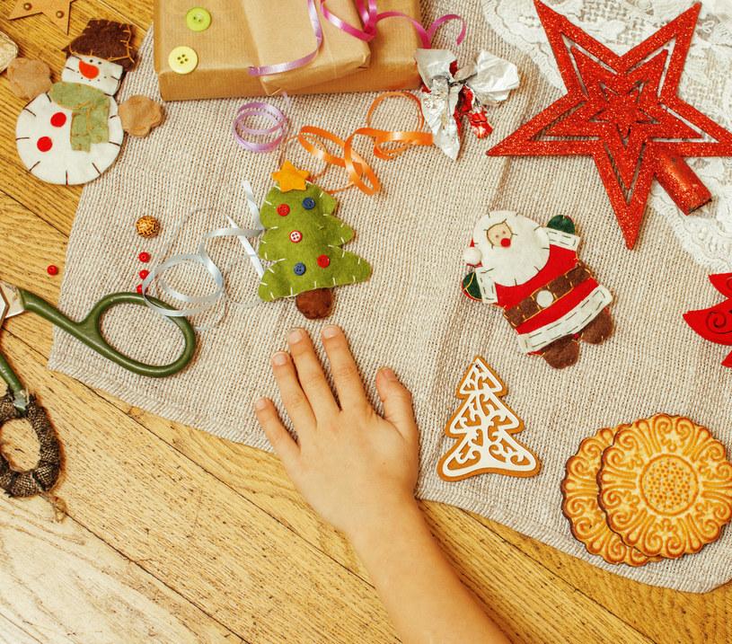 Korzenny zapach ciasteczek towarzysz przygotowaniom niemalże w każdym domu /123RF/PICSEL