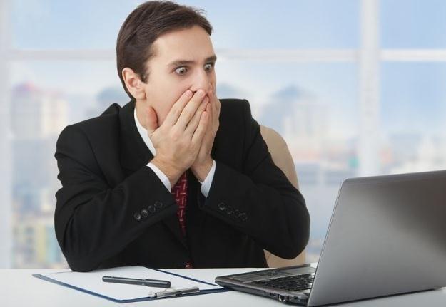 Korzystanie z internetu nie musi przerażać. Trzeba tylko dbać o swoje bezpieczeństwo /©123RF/PICSEL