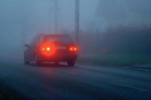 Korzystanie ze świateł przeciwmgłowych nie jest obowiązkowe. /Motor