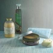 Kosmetyki, które warto wziąć do sauny