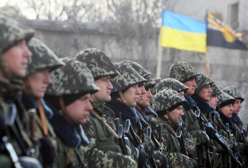 Koszt wyposażenia ukraińskiego żołnierza to ok. 700-800 dol. /AFP