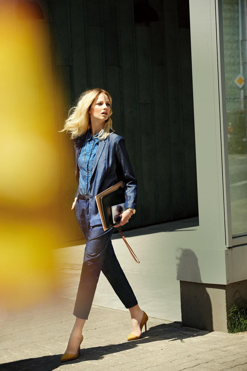 Koszula Reserved | marynarka COS | spodnie Stefanel | szpilki stylowebuty.pl | okulary Carry | zegarek Parfois | łańcuszek H&M /Agata Pospieszyska/ AF PHOTO /Twój Styl