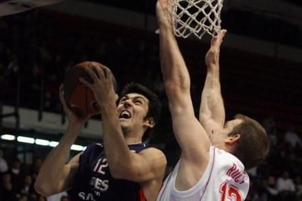 Koszykarzy Anwilu czeka trudne zadanie. /AFP