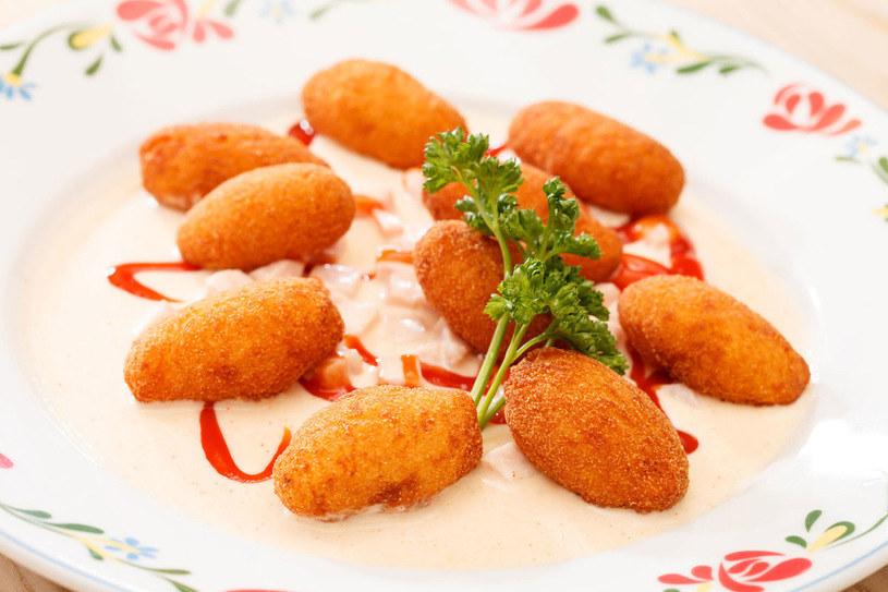 Kotlety ziemniaczane to proste danie obiadowe /©123RF/PICSEL
