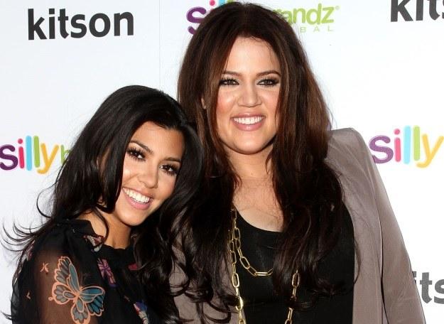 Kourtney i Khloe Kardashian /Getty Images