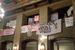 Kraków: Rodzice i nauczyciele bronią szkół wytypowanych do likwidacji