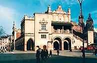 Kraków,  Sukiennice na rynku /Encyklopedia Internautica