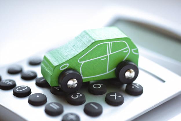 Kredyt na auto - gotówkowy czy samochodowy? /materiał zewnętrzny
