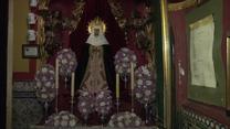 """""""Krew Chrystusa"""" w barze z ołtarzami. Szalone przygotowania do Wielkiego Tygodnia w Sevilli"""