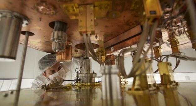 Kriostat zbudowany w INFN Źródło: Instituto Nazionale di Fisica Nucleare (INFN). /materiały prasowe
