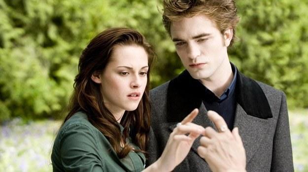 Kristen Stewart i Robert Pattinson - najlepsza para roku /materiały dystrybutora