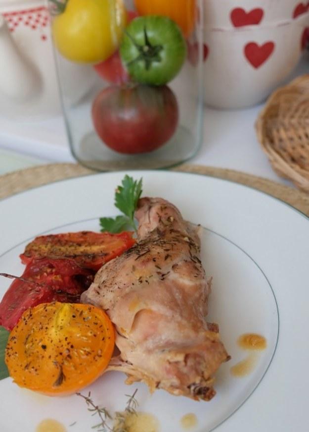 Krolik i pieczone pomidory oraz menu na ten tydzien.