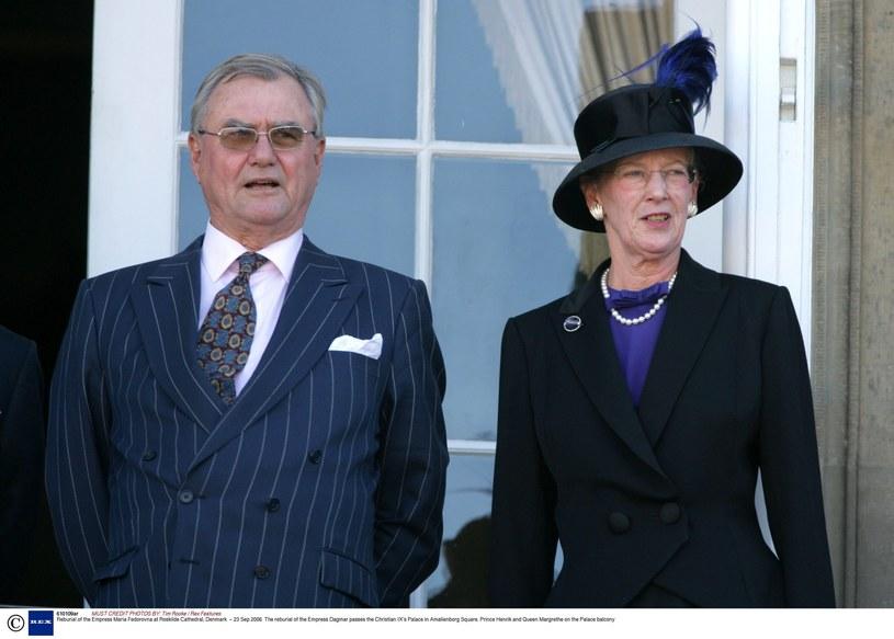 Królowa Małgorzata II z mężem /Tim Rooke / Rex Features /East News