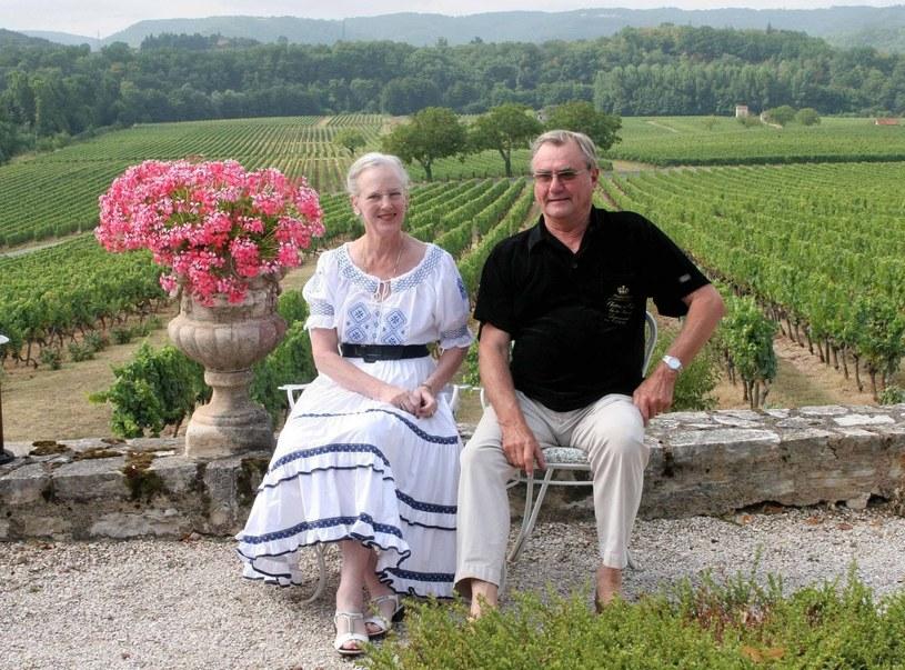 Królowa Małgorzata II z mężem /Dana press photo-BR / dana p /East News