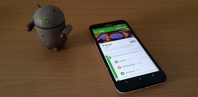 Króte aplikacje warto pobrać na Androida? Na zdjęciu TripAdvisor i ASUS ZenFone 2 /INTERIA.PL