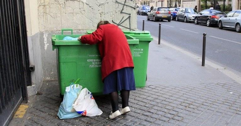 Kryzys pogłębia biedę /JACQUES DEMARTHON  /RMF FM