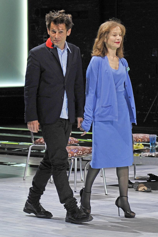 """Krzysztof Warlikowski i Isabelle Huppert w 2010 roku  na premierze """"Tramwaju"""" /AKPA"""