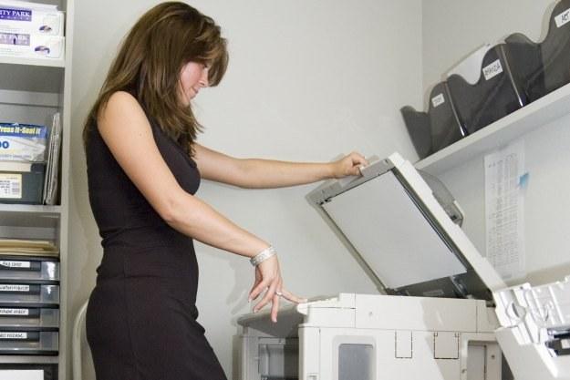 Kserokopiarki mogą zapisywać na dyskach wszelkie kopiowane dokumenty  Fot. Scott Snyder /stock.xchng