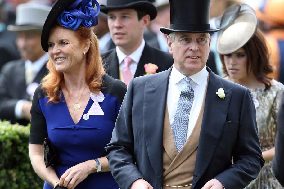 Książę Andrzej i jego była żona Sarah Ferguson /Royalfoto    /PAP/EPA