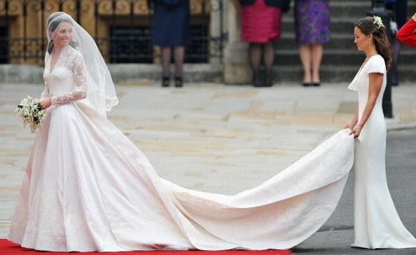 Księżna Kate i jej siostra Pippa Middleton /Pascal Le Segrertain /Getty Images
