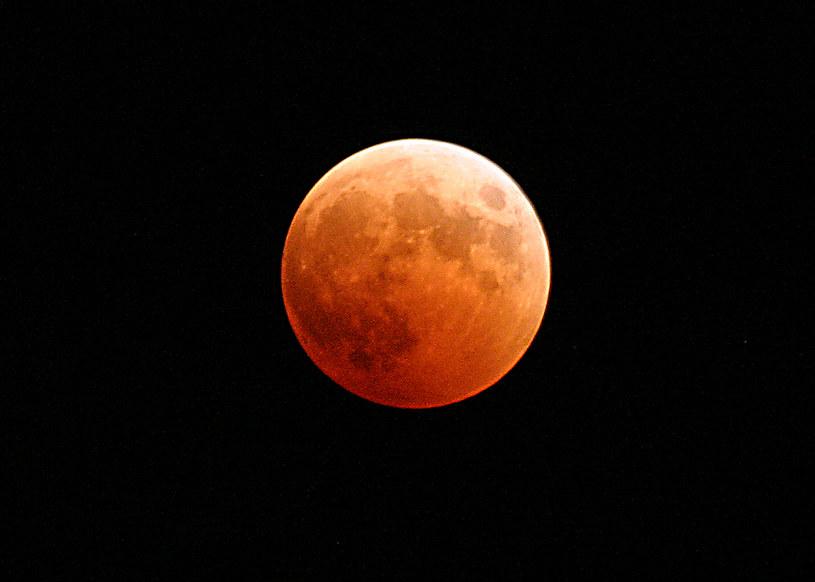 Księżyc ma gorące wnętrze /materiały prasowe